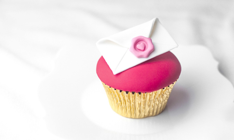 love letter fondant cupcake