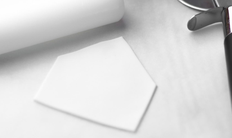 making fondant envelope
