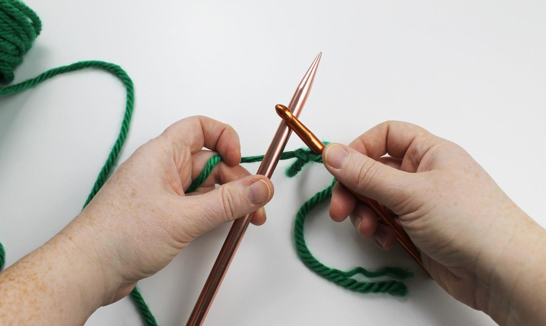 crochet cast on step 1