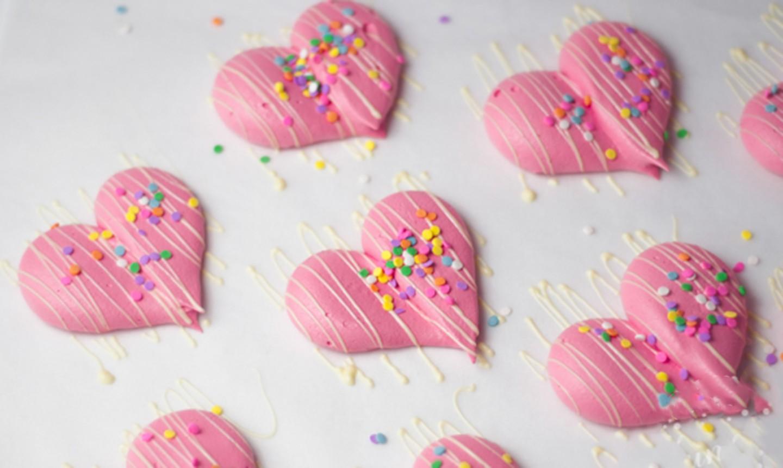 decorated heart meringues