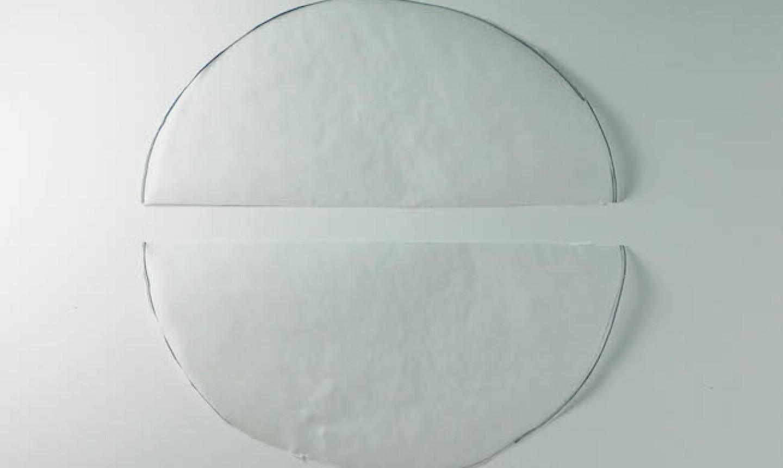 traced cake pan