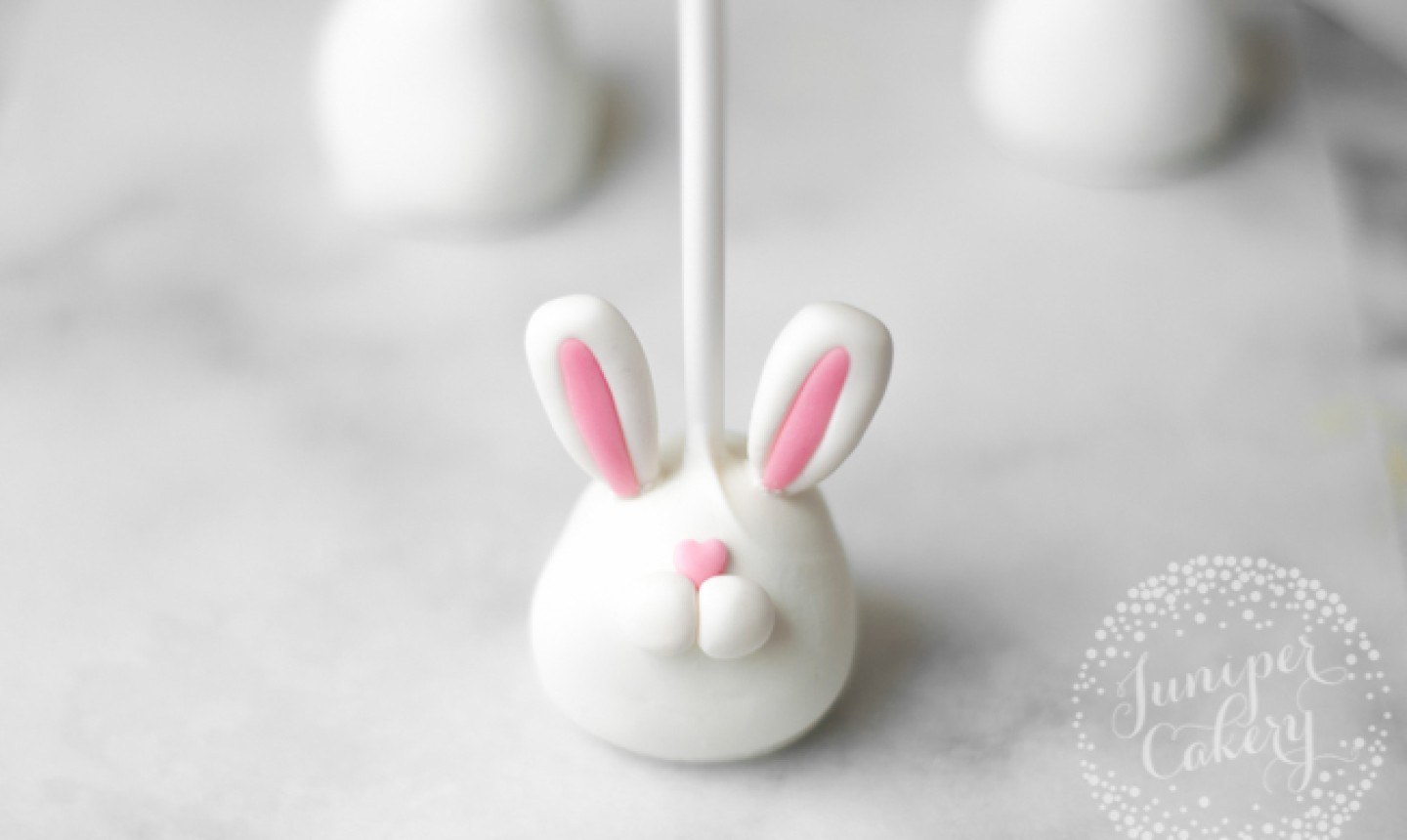 bunny cake pop with heart nose