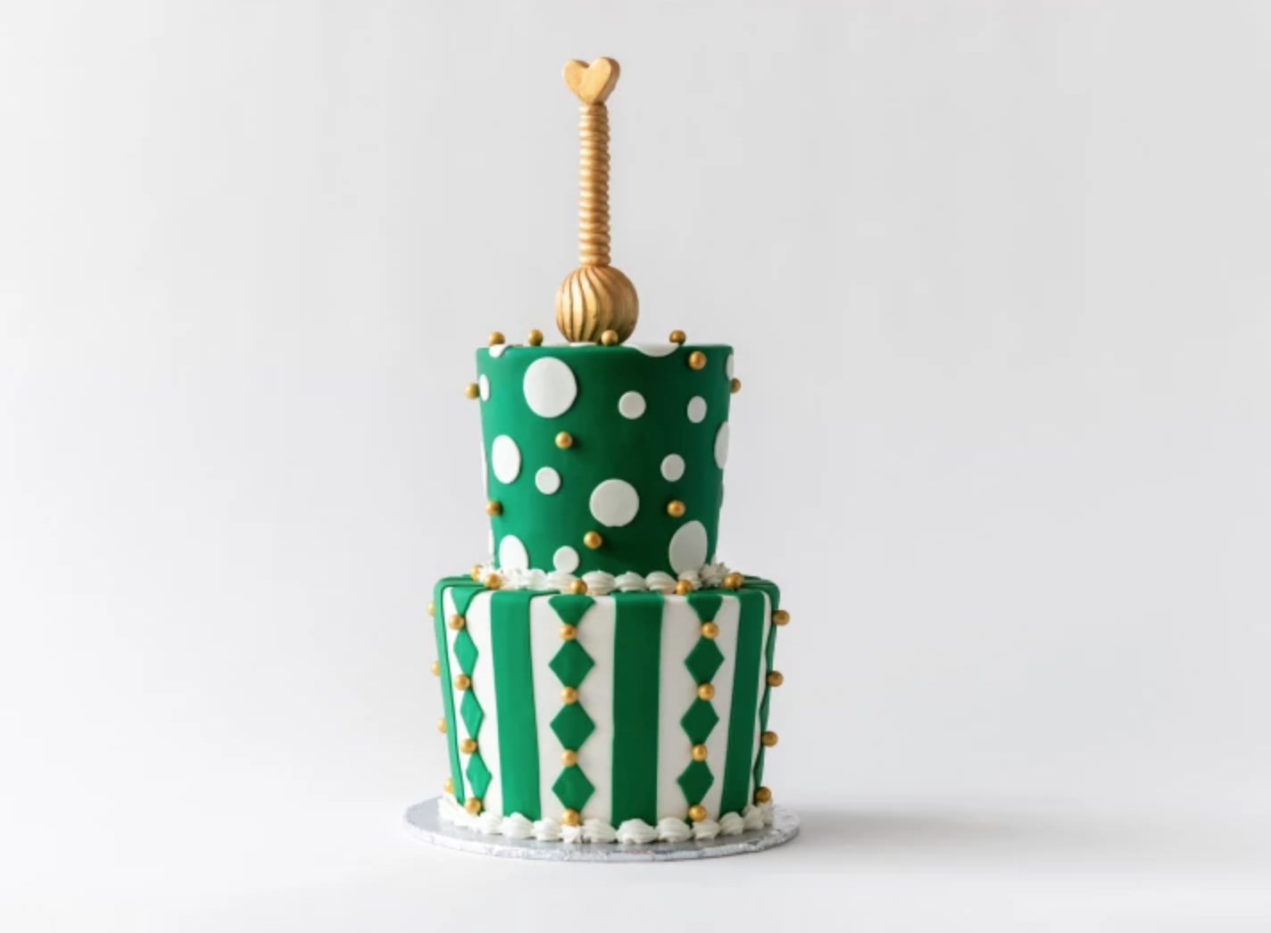 green and white cake