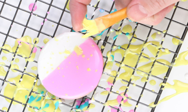 splatter paint sugar cookie