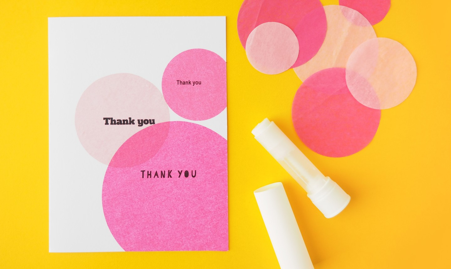 Card with circle tissues