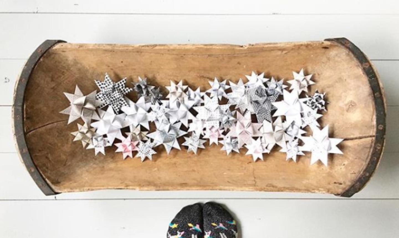 white and gray paper stars