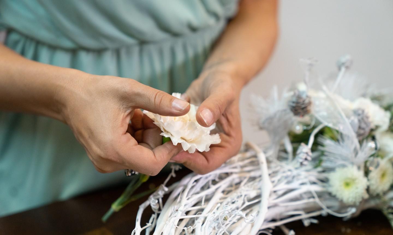 making a flower wreath