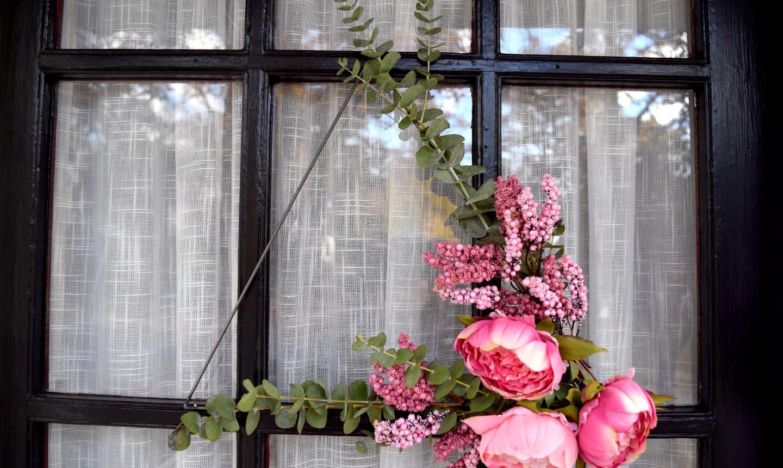 triangle wreath on door