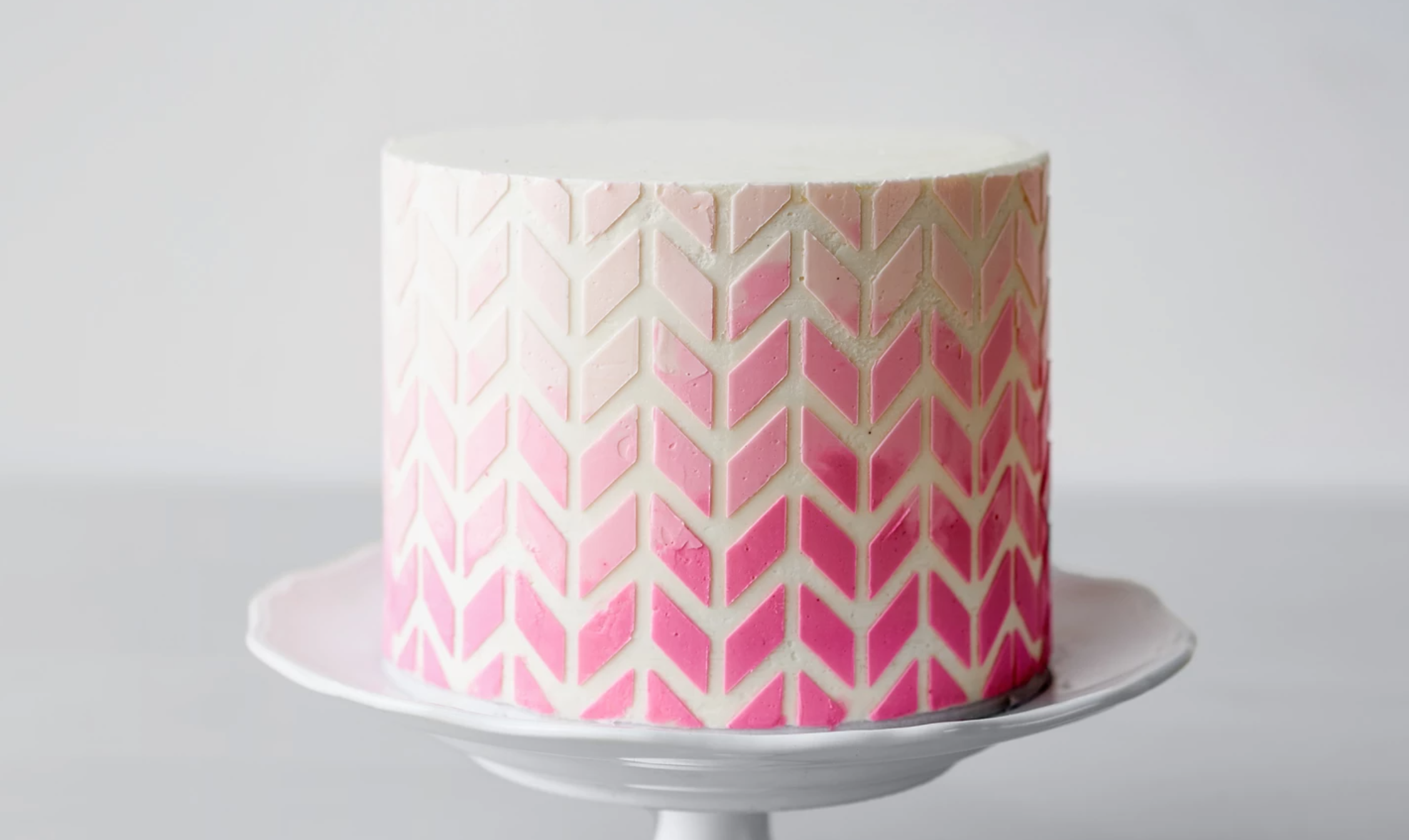 ombre geometric buttercream cake