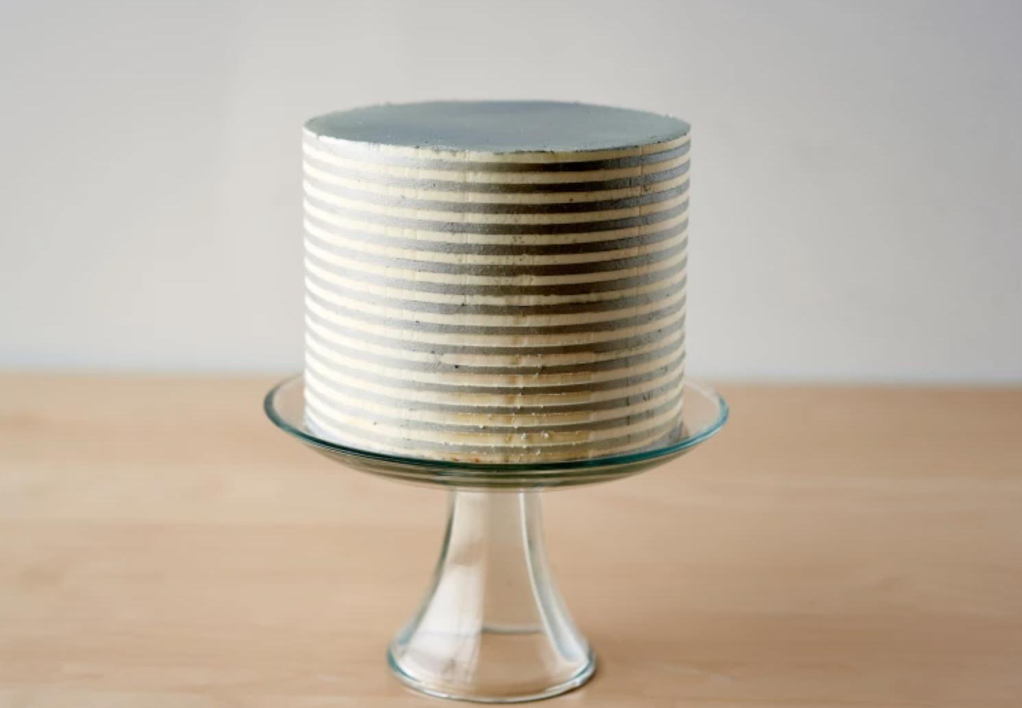 pinstripe buttercream cake