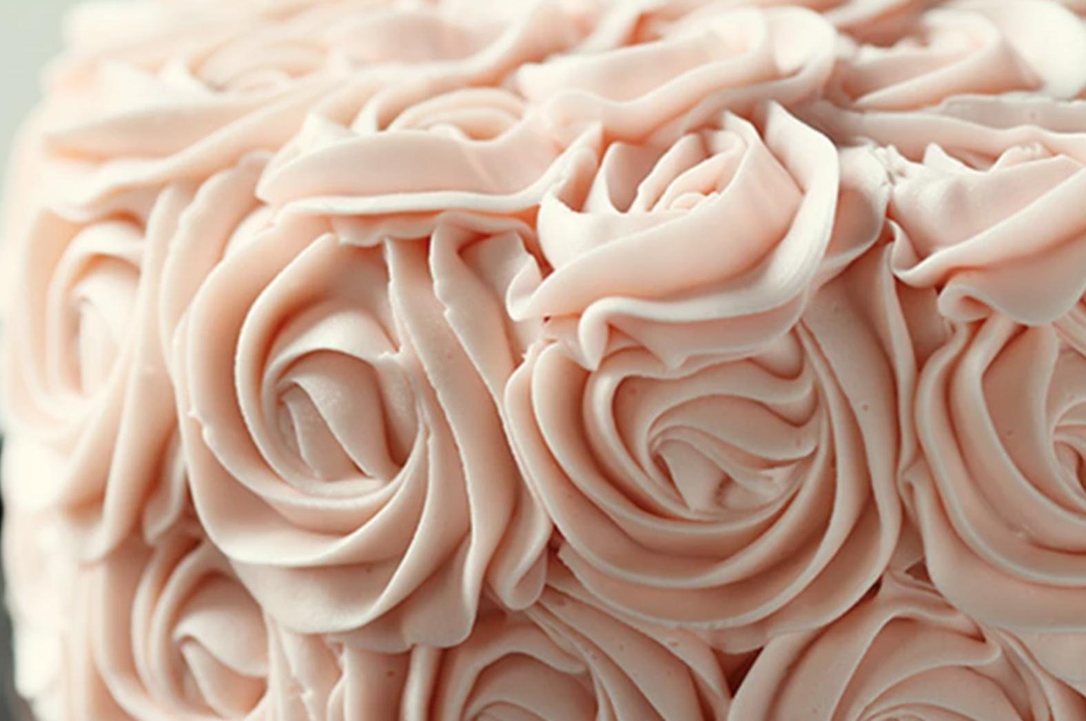 buttercream rose details