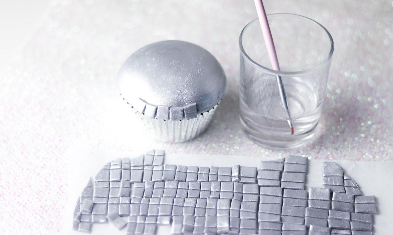 making fondant disco ball