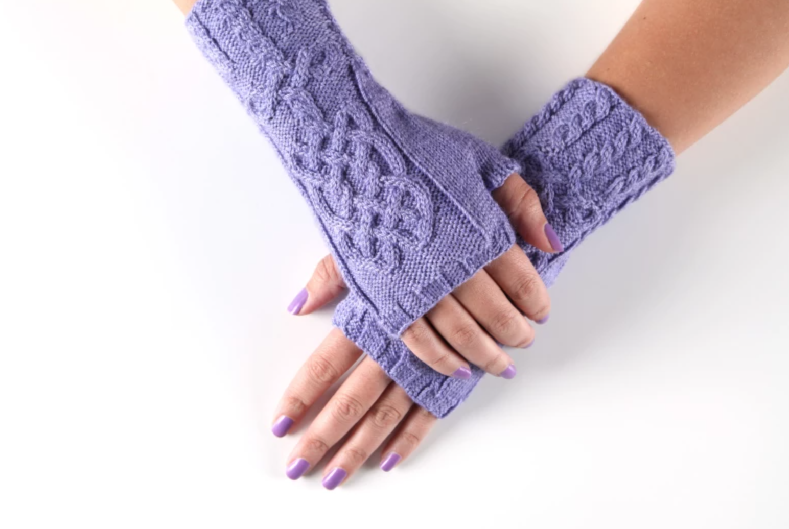 cabled knit mitts