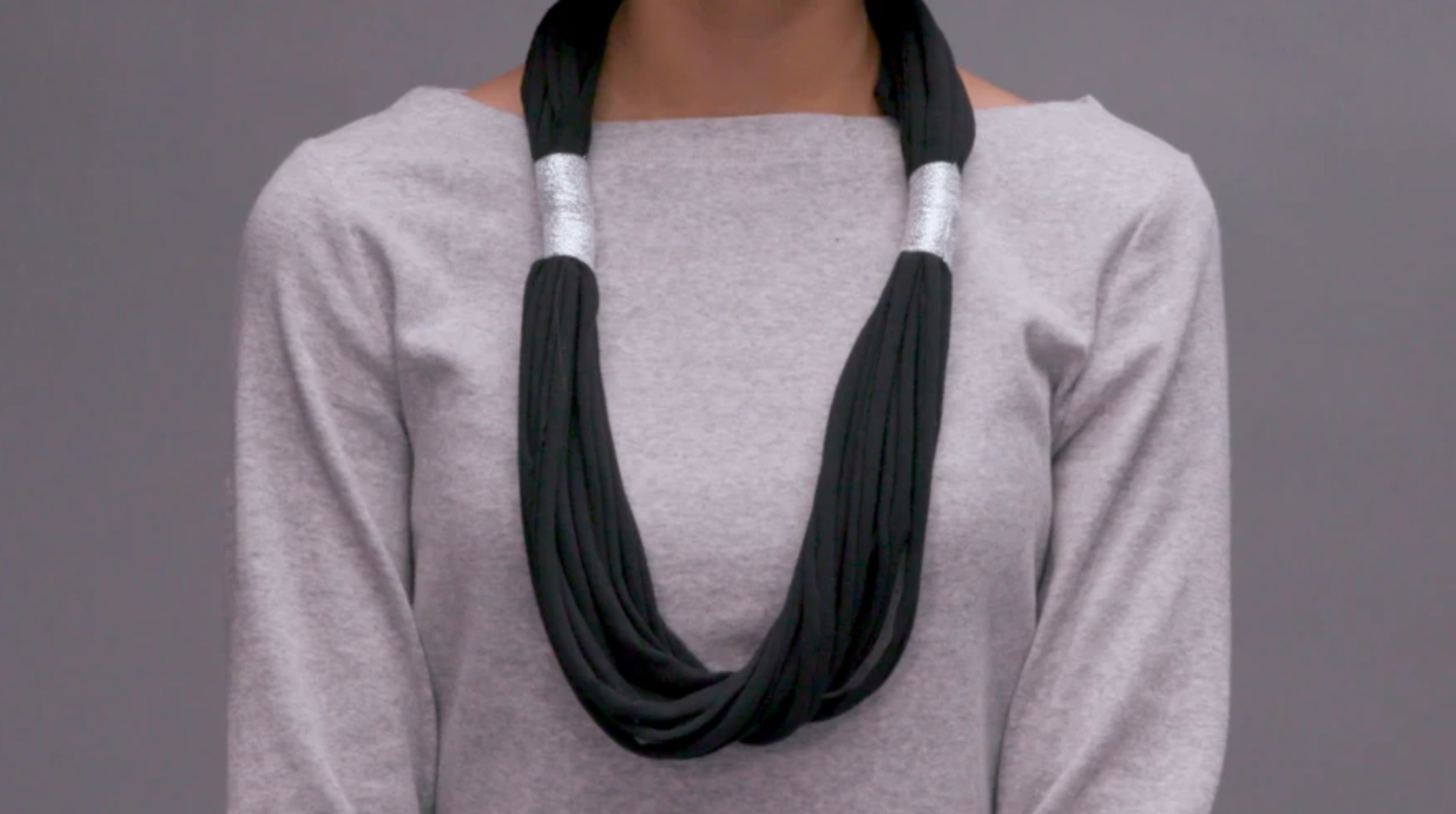 chunky t-shirt necklace