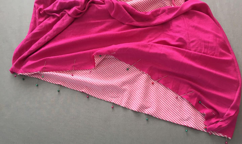 pinning t-shirt to fabric block