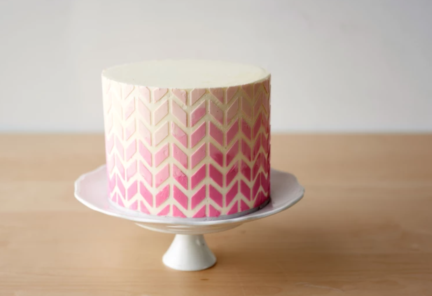 pink geometric ombre cake