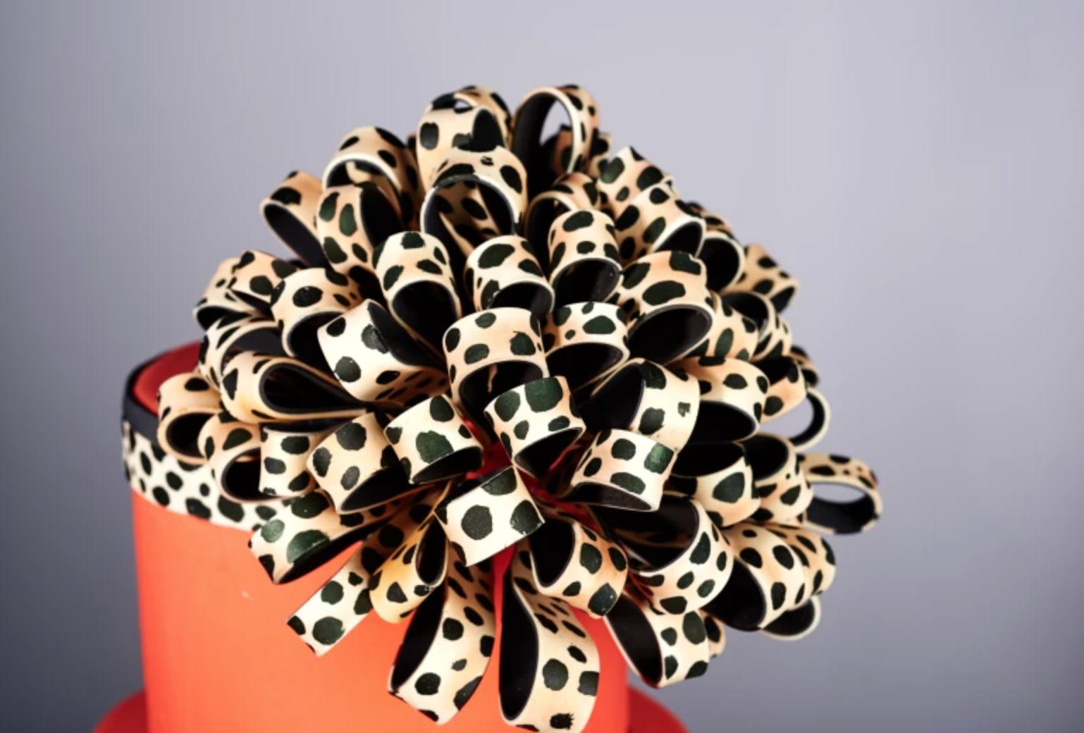 leopard print fondant ribbon cake topper