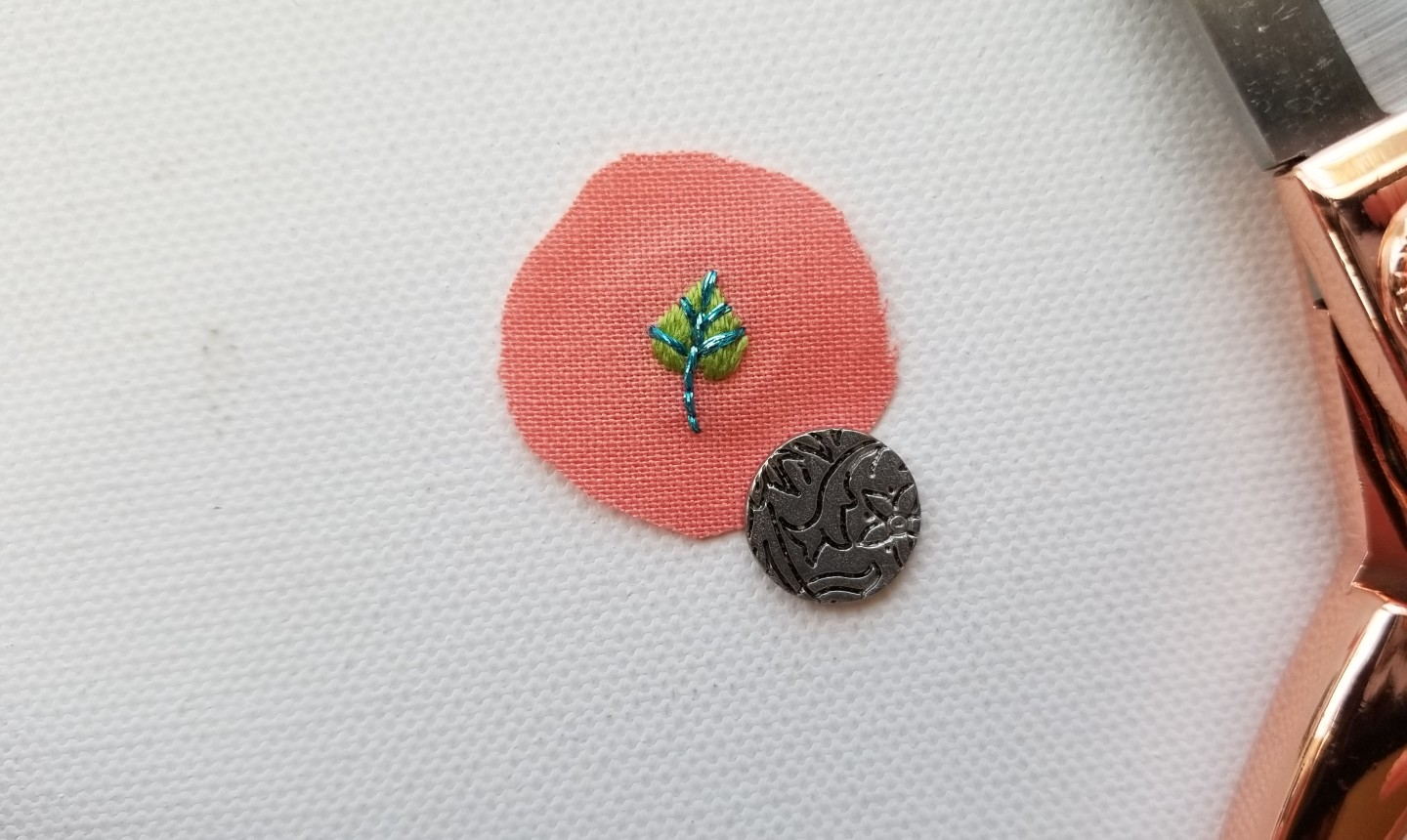 cut out leaf embroidery