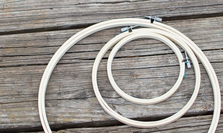 arranging hoop centerpiece