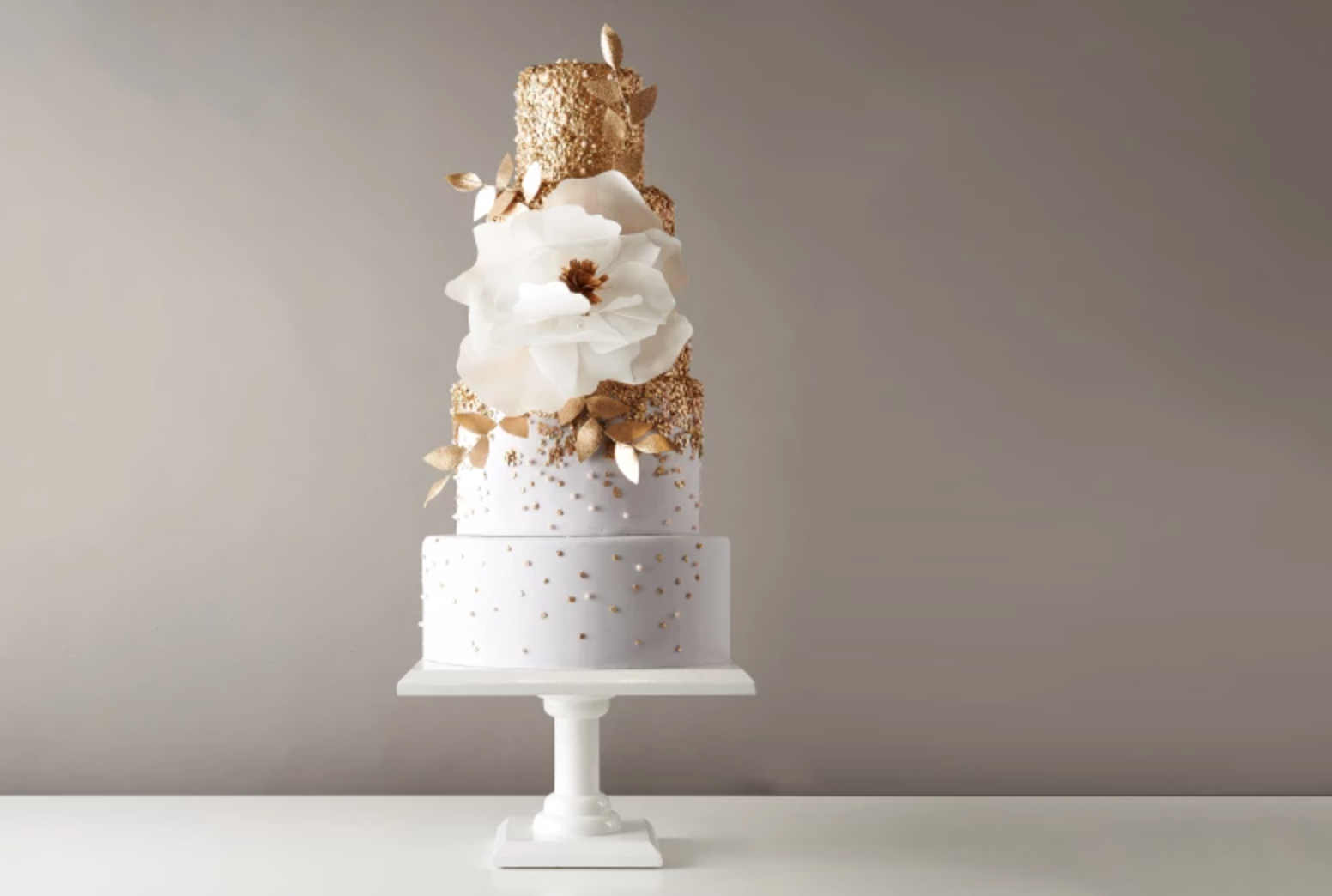 gold sequin cake