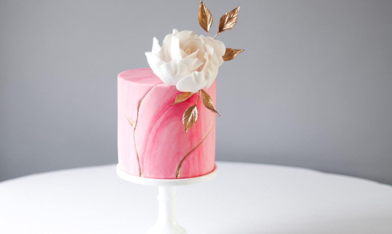 japanese art metallic cake