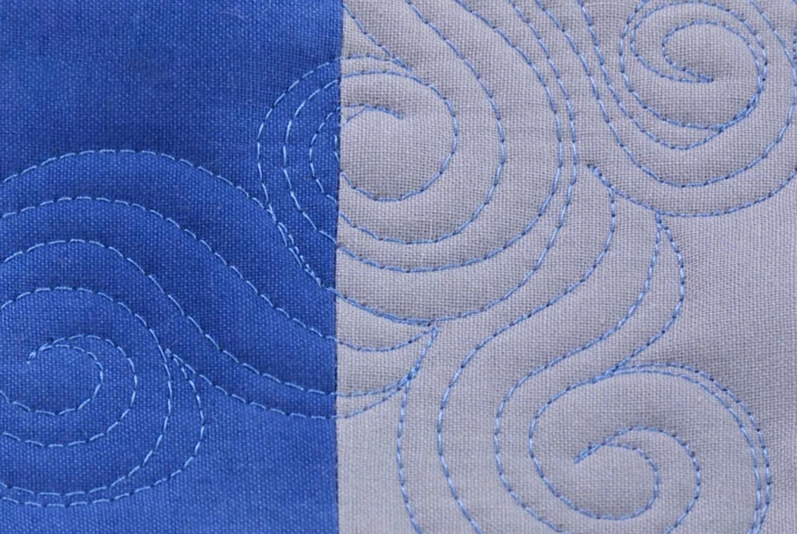 wavy line walking foot quilt pattern