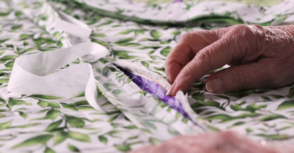Separating fabric pieces