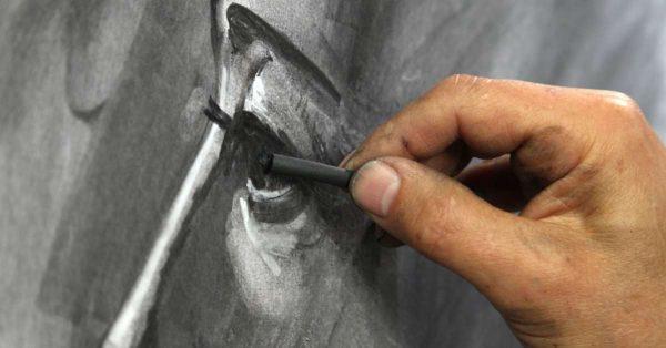 Drawing a charcoal eye