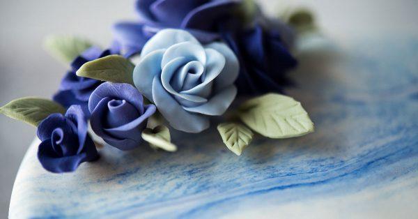 Blue buttercream flowers