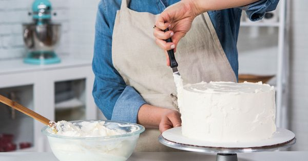 Frosting a cake white