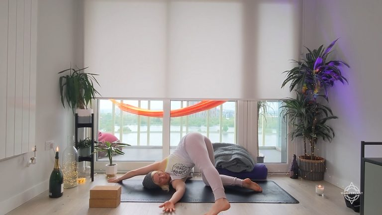 Blissful Yin Yoga: Heart & Small Intestine