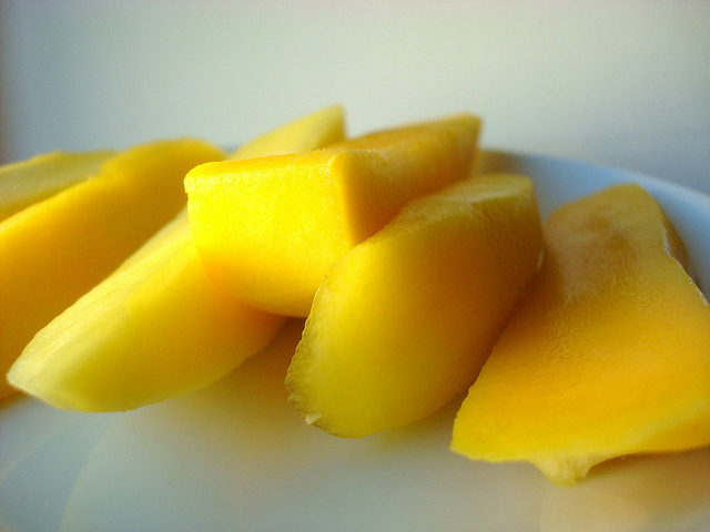Mangos Sliced - Prepping for Mango Sticky Rice