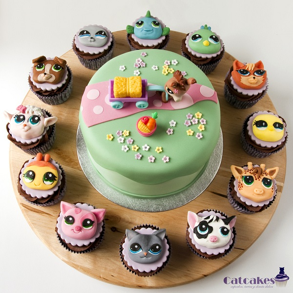 Animal Cupcakes and Cakes