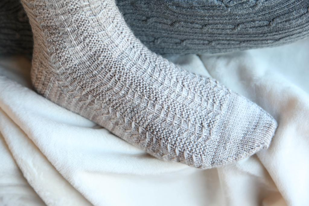 Oh So Beautiful knitted sock kit