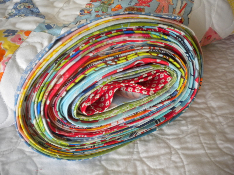 Rolled Quilt with Binding - Continuous Binding Tutorial on Bluprint