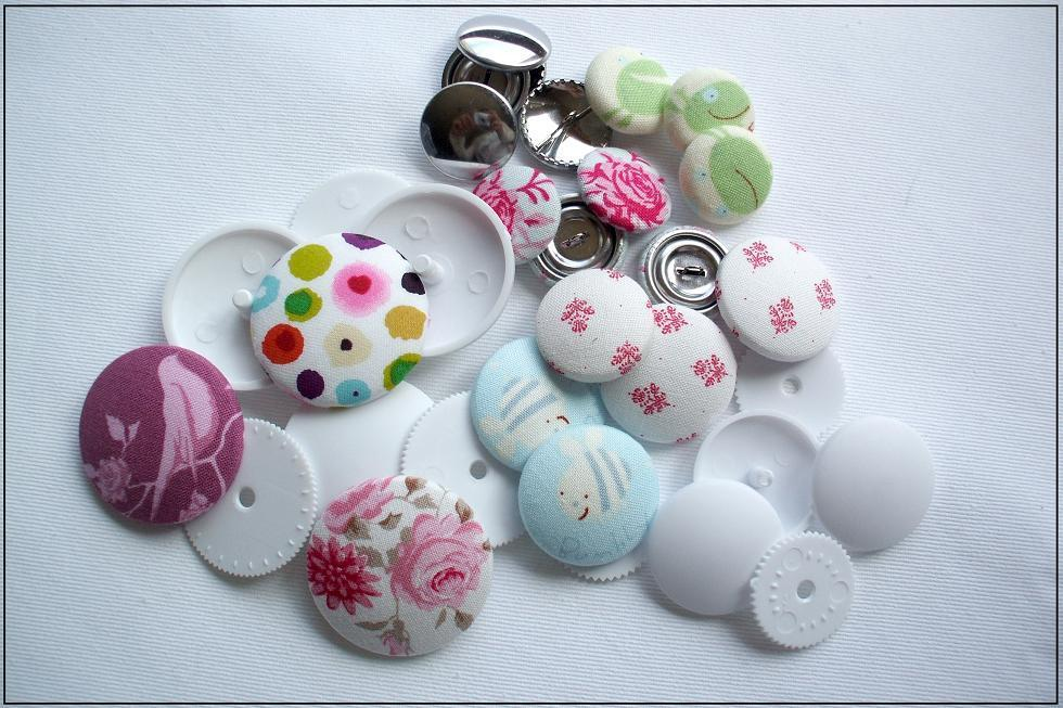 Fabric Buttons - Free Sewing Pattern