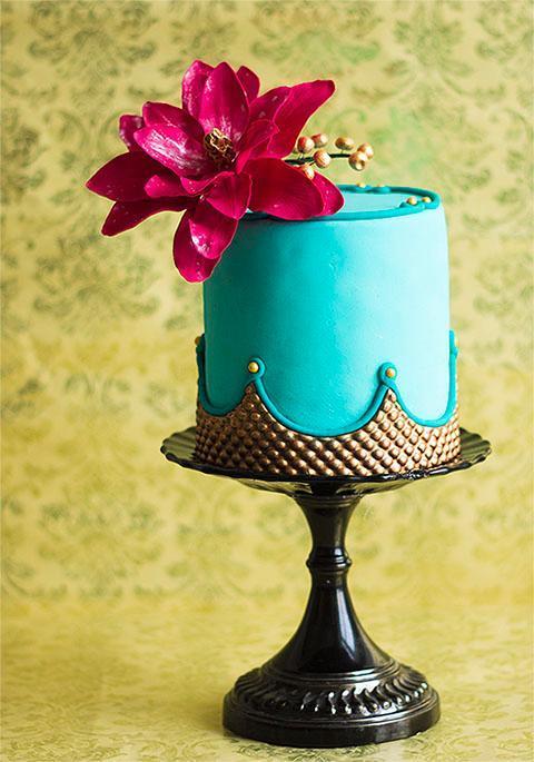 Blue Cake with Sugar Rose - Bluprint Member Cake