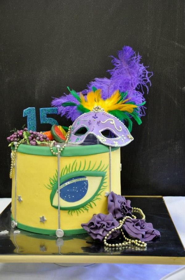 Carnaval-Themed Cake