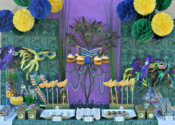 Carnaval-Themed Party