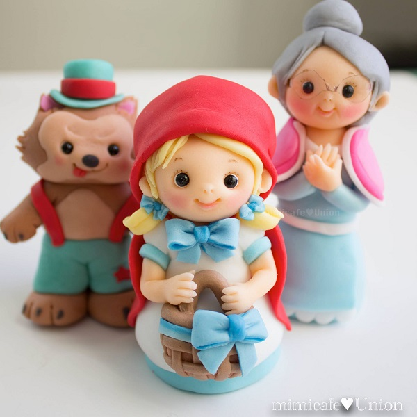 Sugar Figurines: Little Red Riding Hood