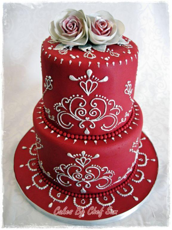 Red Cake with Modern Piping by Craftsy.com member