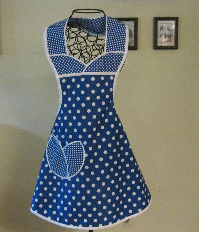 Shaped Pocket on Apron - Craftsy Member Project