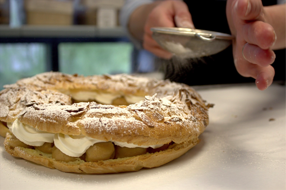 Add Top Layer of Paris Brest, Powder with Sugar