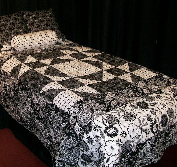 Black and White Quilted Bedspread, Crafty Pattern