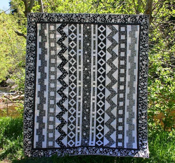 Black and White Quilt Design