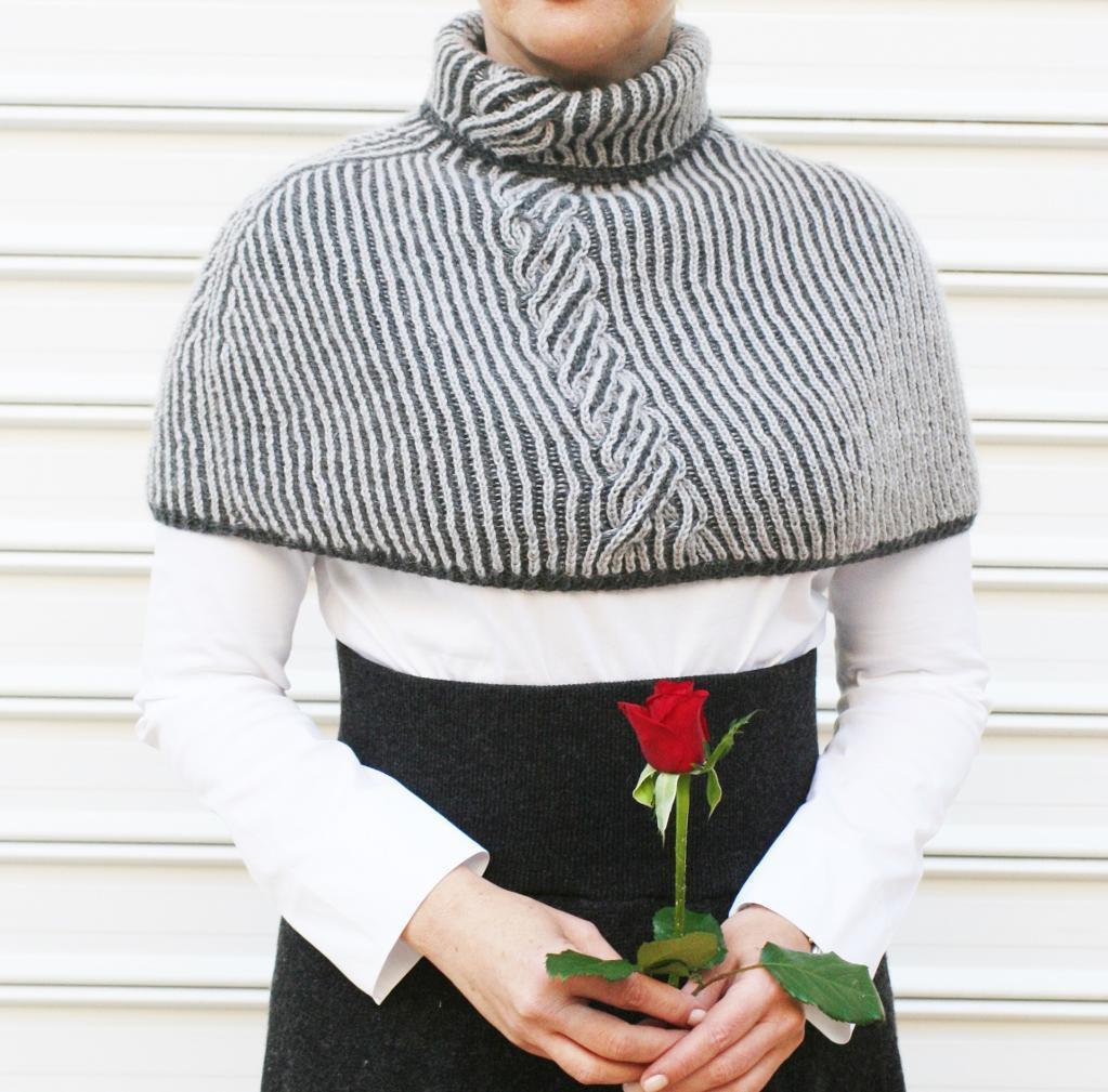 Reversible brioche knit capelet