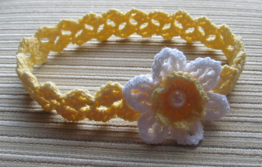 Crochet daffodil headband