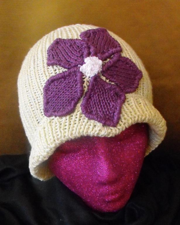 Granny Violet Cloche