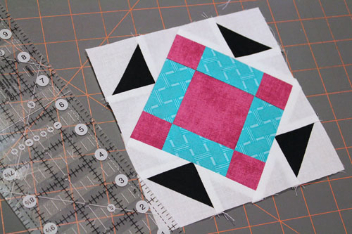 Mini Jack in the Pulpit Quilt Block