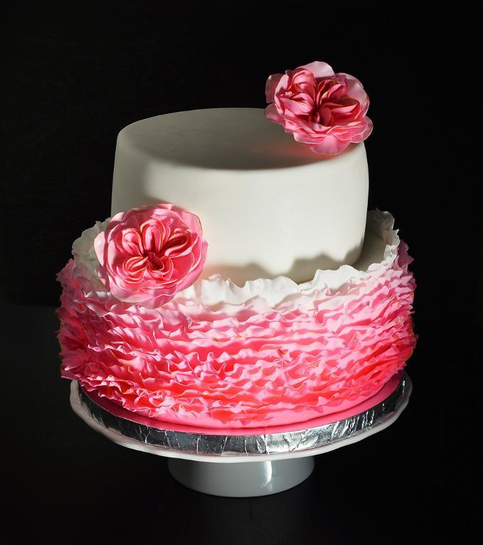 Bluprint Member Project: Pink Fondant Ruffled Cake